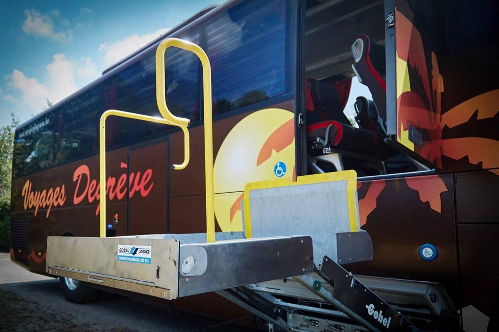 Voyages Degrève autocar élévateur