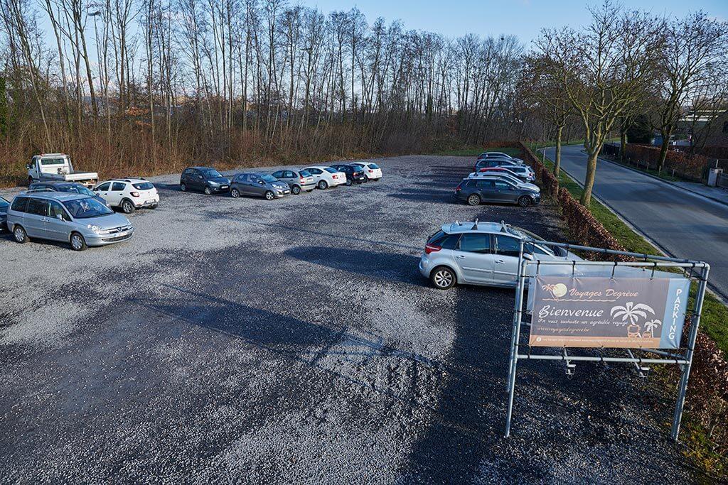 Voyages Degrève parking